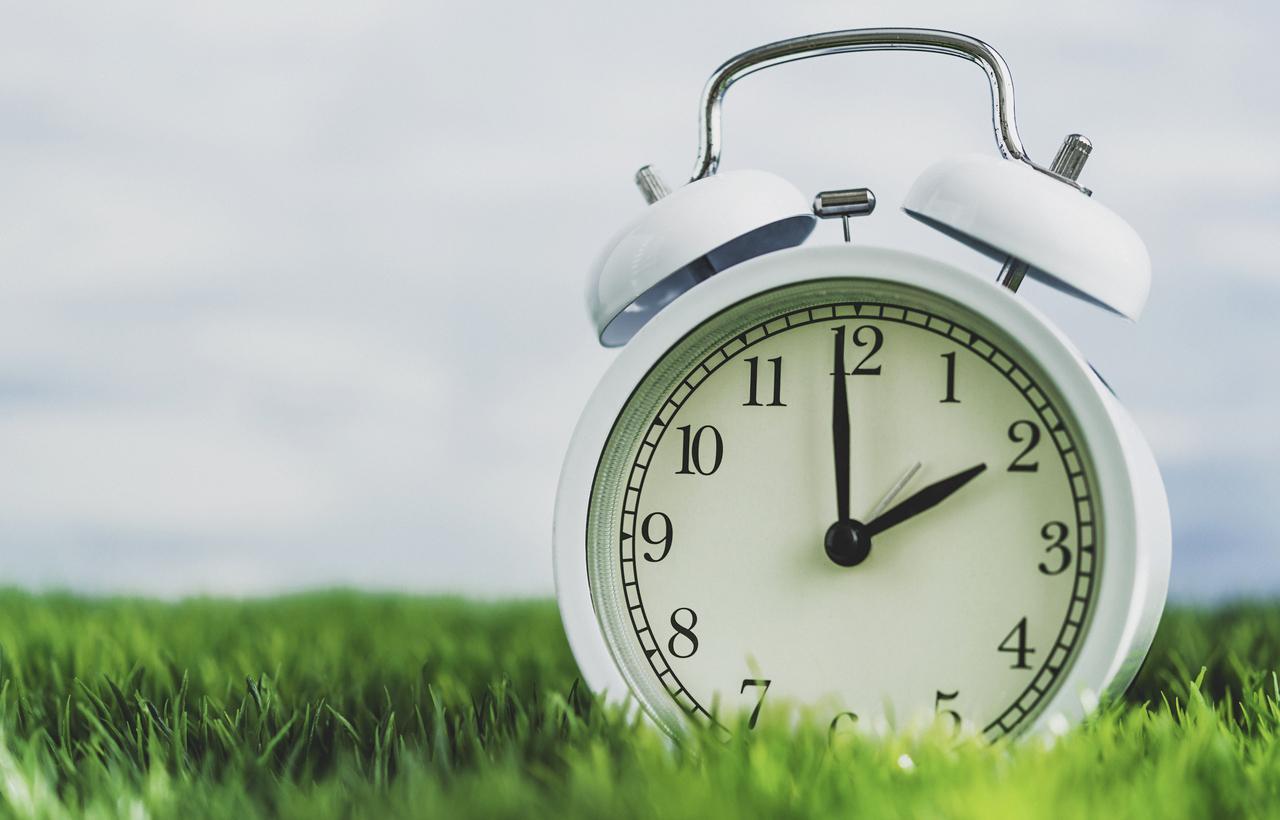 A que hora empieza forex el domingo