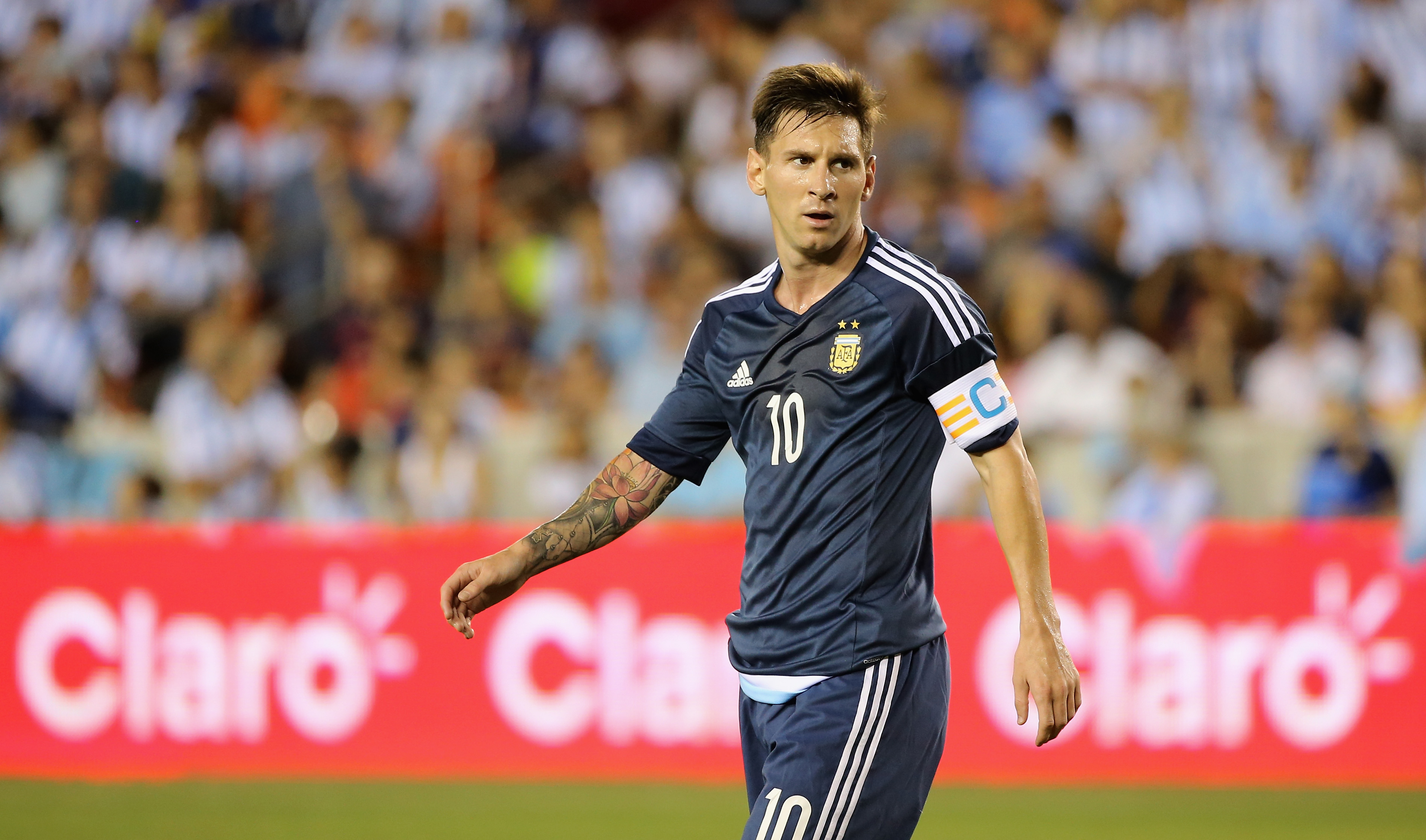 Lionel Messi on the roster for Argentina-Mexico Tuesday at
